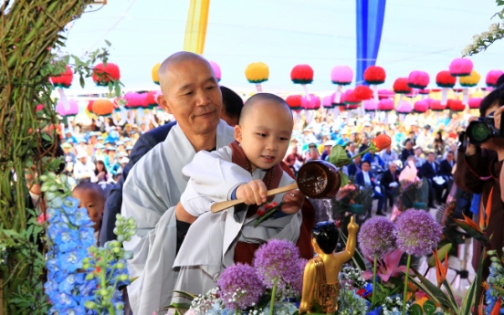 [Photo News] Temples celebrate Buddha's Birthday