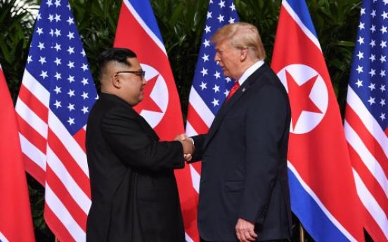 [US-NK Summit] Trump, Kim meet in Singapore