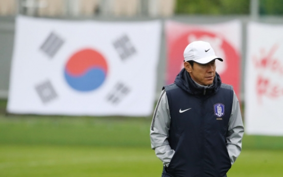 [World Cup] In desperation, S. Korean football coach vows to give all in match vs. Germany