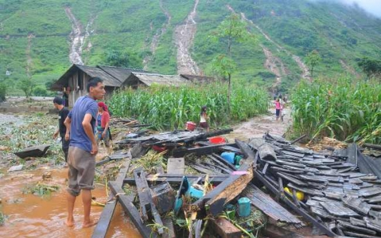 15 dead in Vietnam flash floods, landslides
