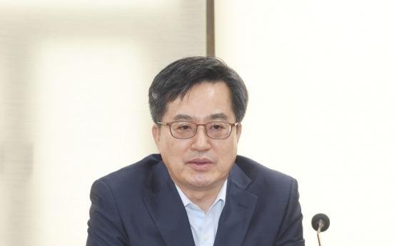 S. Korea ups guard against job crisis, US-China trade war