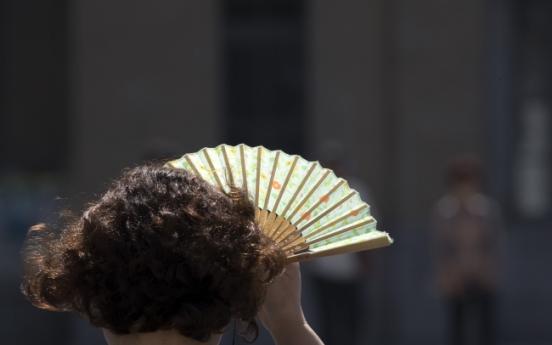 Heat blamed for two deaths in South Korea last week