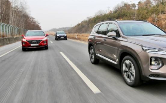 [Behind the Wheel] Hyundai's Santa Fe family SUV is bigger, safer