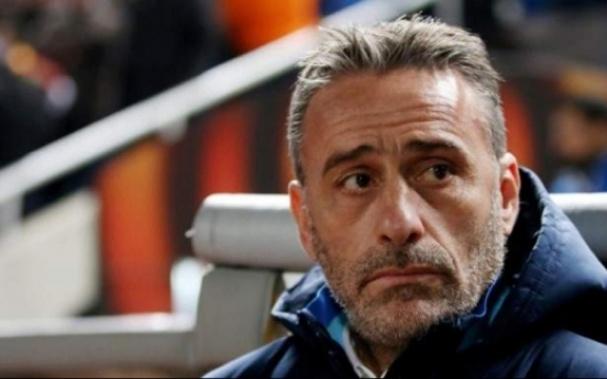 Paulo Bento arrives in Korea to lead national football team