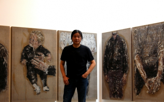 Performance recast into painting: Ma Liuming holds solo exhibition in Seoul