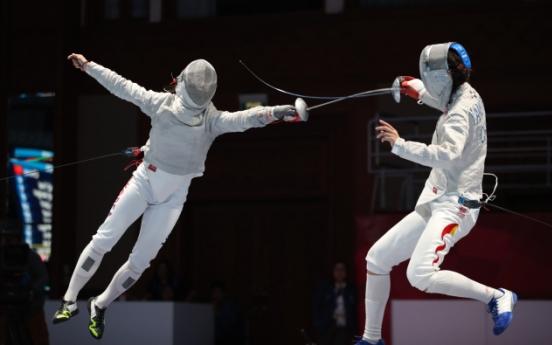 Korea captures gold in women's team sabre fencing