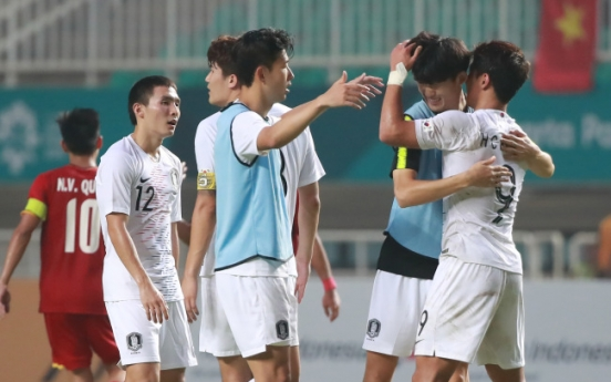 Korea beat Vietnam 3-1 to reach men's football final