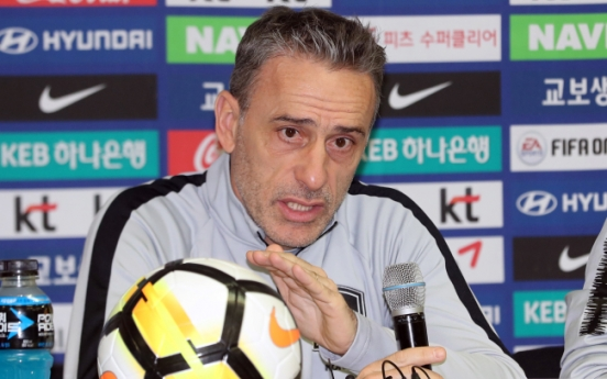 Football head coach hints at lineup changes in friendly vs. Panama
