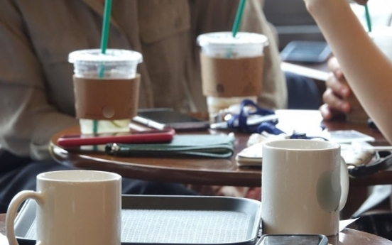 Plastic cup ban a headache for coffee shop workers: poll