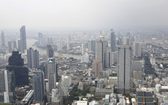 Korea urges financial firms to advance into Thailand