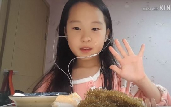 Elementary YouTube starlet's success draws 'haters'