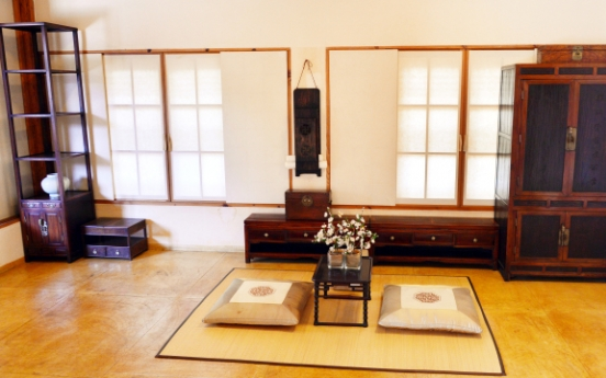 [Eye Plus] An afternoon in a hanok