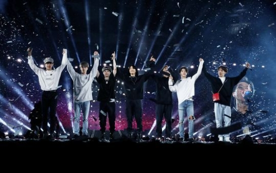 BTS wraps up US tour, drawing 320,000 fans