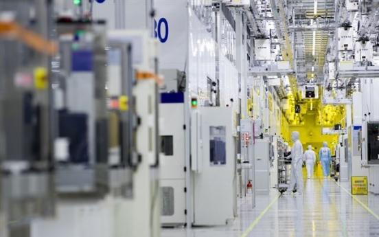 [News Focus] Korean tech firms seek localization, diversification amid escalating trade row
