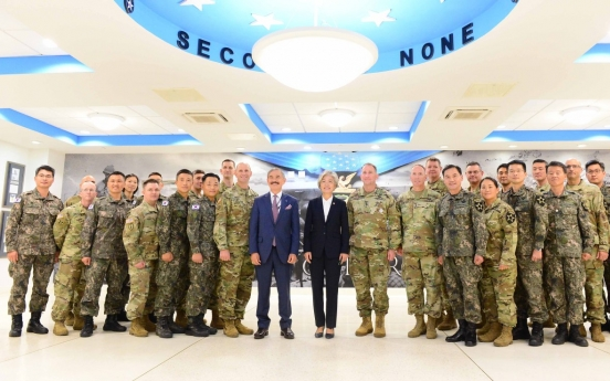 Foreign Minister stresses South Korea-US alliance in meeting with USFK commander at Camp Humphreys