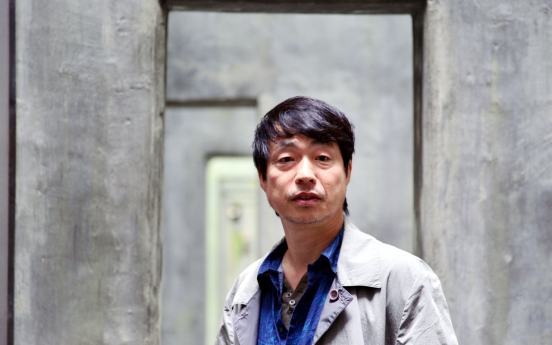 [Herald Interview] Finding way home in '1945'
