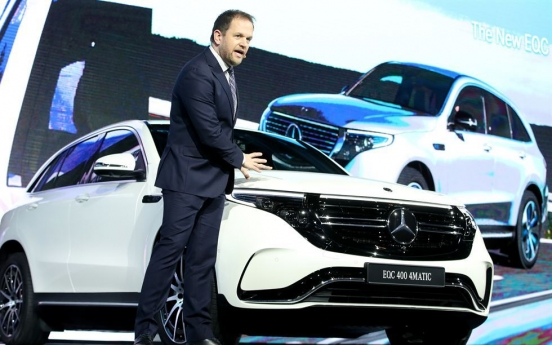 Mercedes-Benz posts No. 3 sales figure, after Hyundai, Kia