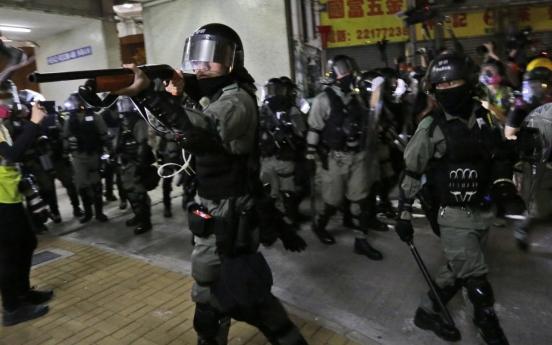 [Newsmaker] Hong Kong police shoot protester as flashmob rallies target rush hour