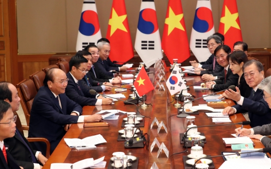 [ASEAN-Korea Summit] Korea, Vietnam pledge cooperation on ASEAN, global issues
