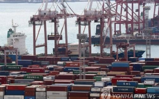 Korea's exports down for 14th straight month on extended chip slump