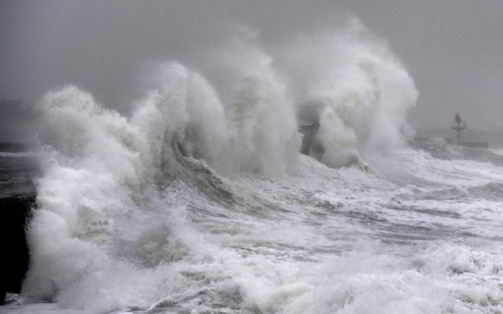 Ferocious storm in Europe kills 8, causes travel disruptions