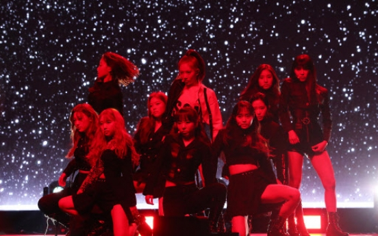 K-pop moguls make new move with girl groups