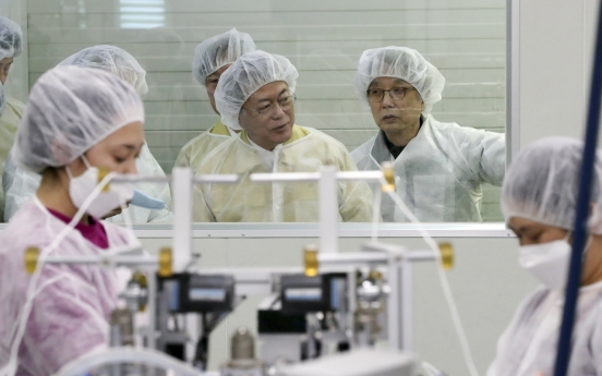 S. Korea orders filter producer to offload inventory amid mask shortage
