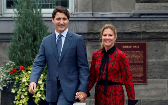 Canada: Trudeau's wife tests positive for new coronavirus