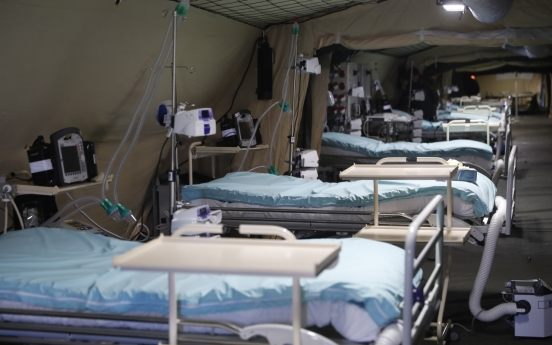 프랑스서 코로나19 증상 의사가 경찰에 기침했다가 실형