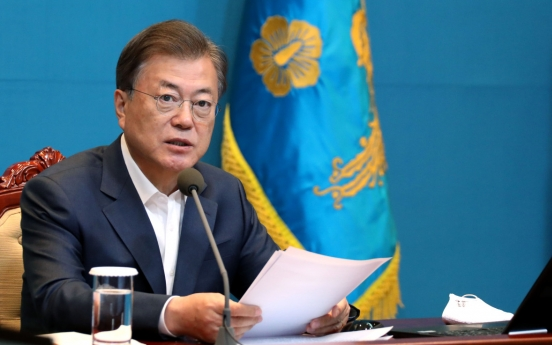 Moon urges policy measures to shield employment amid coronavirus crisis