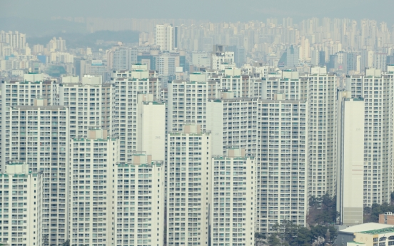Jeonse home rent loans soar on regulations, pandemic