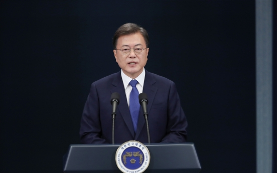 Moon pledges to focus on economy for rest of term