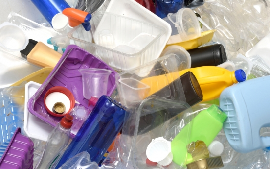Govt, industry target 20% cut in plastic use