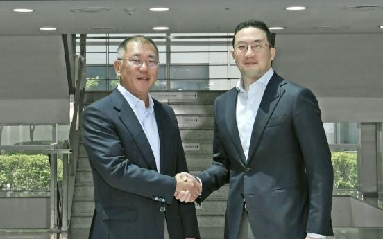 Hyundai Motor, LG Group chiefs discuss future battery biz