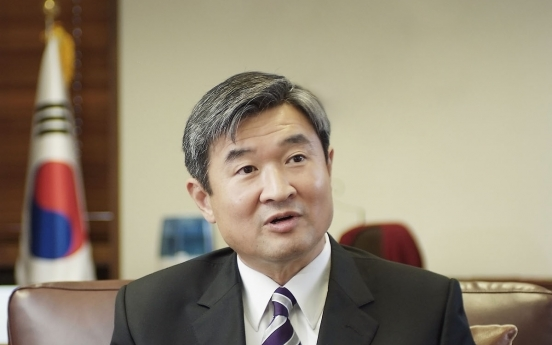 [Herald Interview] Former nuclear envoy raps Moon's policy on N. Korea