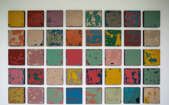 Lacquer artist Kim Deok-han finds self through repeated process