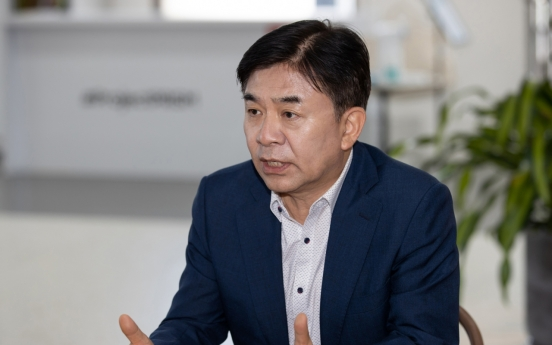 Samsung CEO expresses concerns about protectionism in post-COVID-19 era