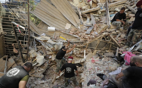 Two S. Koreans suffer minor property damage in Lebanon explosion: Seoul ministry