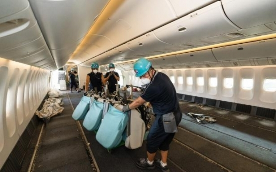 Korean Air begins using converted planes to transport cargo