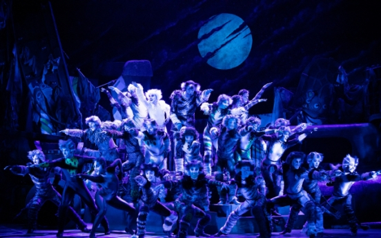 'Cats' Seoul run extended to December