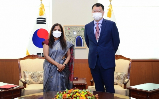 Vice FM holds talks with top Indian envoy