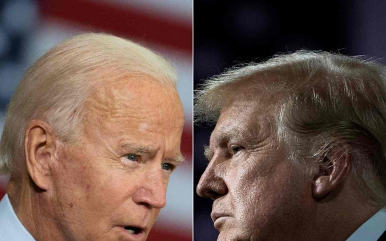 Trump flies to Pennsylvania, Biden sits back