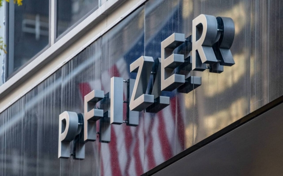 [Newsmaker] Pfizer: COVID-19 vaccine looking 90% effective