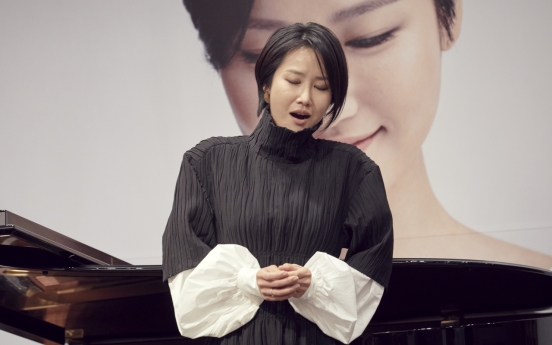 Soprano says 20th century Korean songs best way to express her 'free spirit'