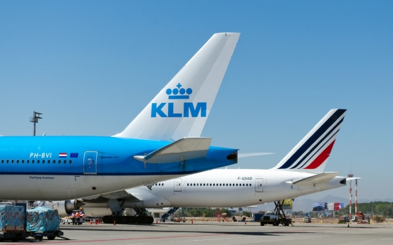 COVID-19 test required for foreign residents flying to France, Netherlands: Air France-KLM