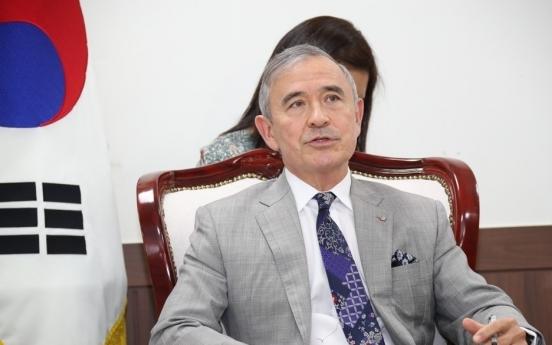 US Amb. Harris calls S. Korea 'original home' of kimchi