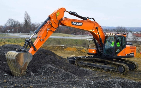 Doosan Infracore wins large-scale excavator order from French firm