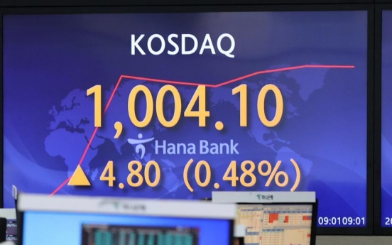 Retail investors push Kosdaq above 1,000 for first time in 20 years