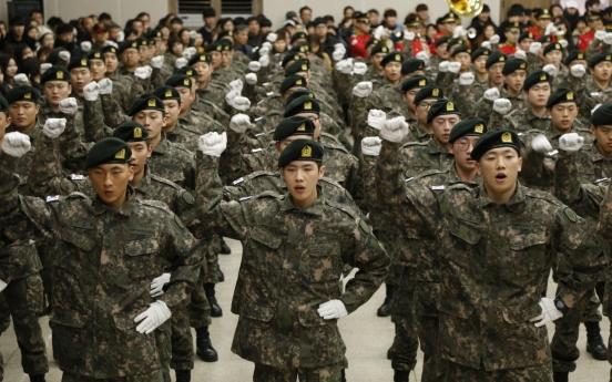 Defense minister rekindles debate over volunteer military