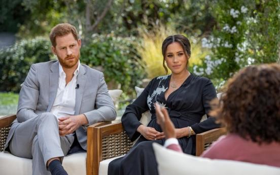 침묵 깬 영국 여왕…'인종문제 심각하게 다룰것…하지만 집안일'(종합)
